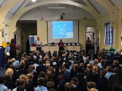 Peter Littlewood of Young People's Trust for the Environment (YPTE) inspiring the pupils of Chalkwell Hall Junior School